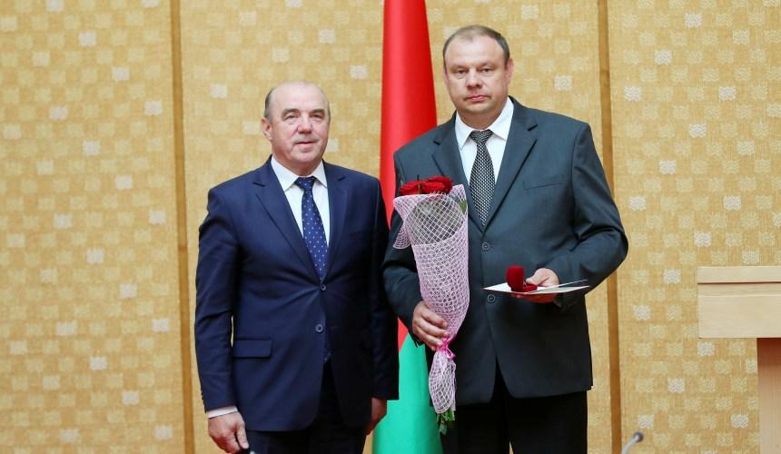 Генеральный директор Владимир Беляев награжден нагрудным знаком «Лидер качества»!